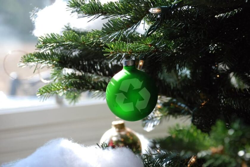 Holiday tree with green recycling ornament