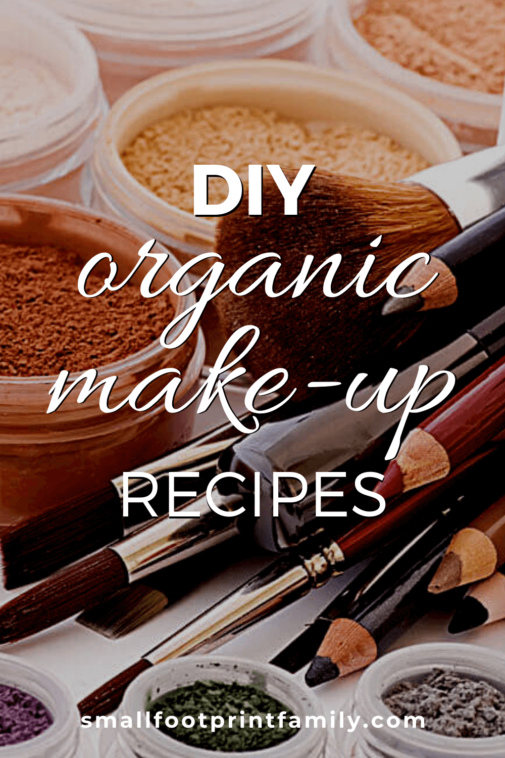 The majority of cosmetics contain chemicals and toxins that could potentially harm you, your skin, and age you ahead of your years. Using ingredients from your kitchen, you can make and replace everything in your makeup bag!#naturalhealth #naturalliving #diy #recipe #diybeauty #nontoxicbeauty #makeup