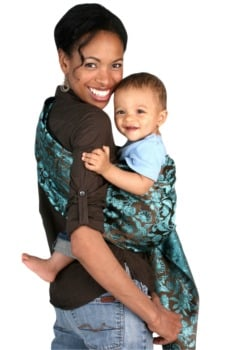 5 Benefits Of Babywearing And How To Choose A Baby Carrier