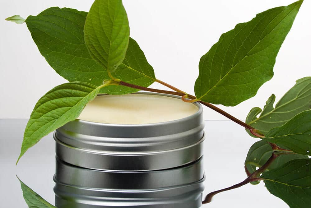 This recipe for homemade vapor rub will relieve chest congestion and coughing without the toxic petroleum products, parabens and other nasty additives.