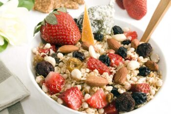This raw breakfast cereal is very nutritious and filling. It is especially good if you do a lot of physical work in the morning that requires extra energy.
