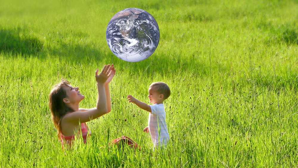 mother-child-earth
